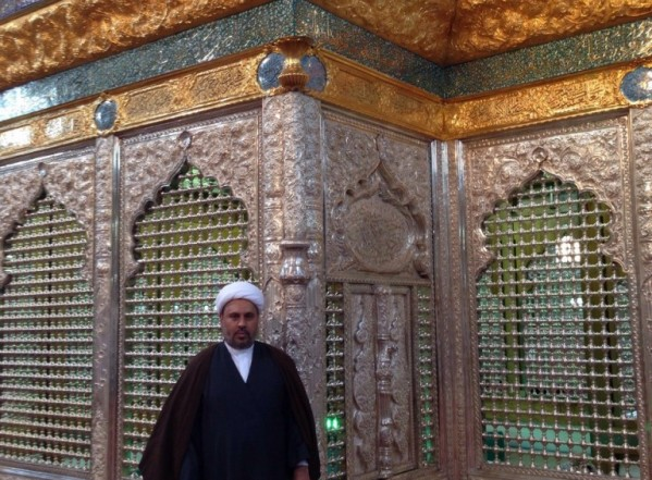 زيارة قفص ضريح مقام الإمامين العسكريين (ع) في قم المقدسة